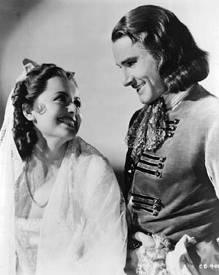Olivia de Havilland & Errol Flynn as Arabella Bishop and Peter Blood.Flynn Film, Errol Flynn