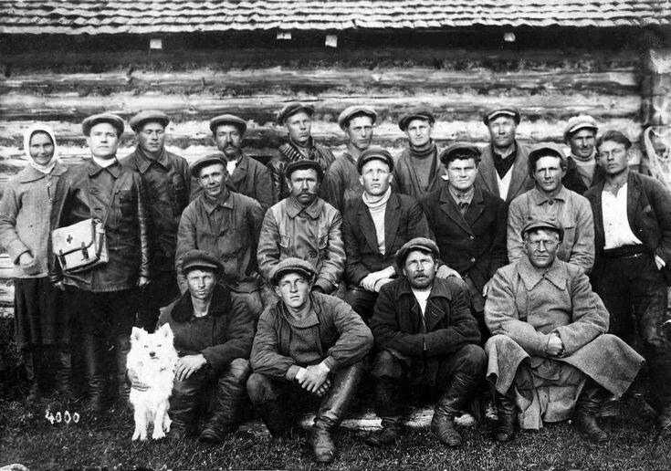 Верхние Никулясы. Колхоз «Красная Авлога». 1936 г.