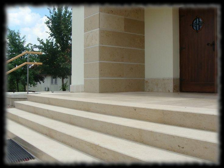 Épületmunkák - mészkő lépcső