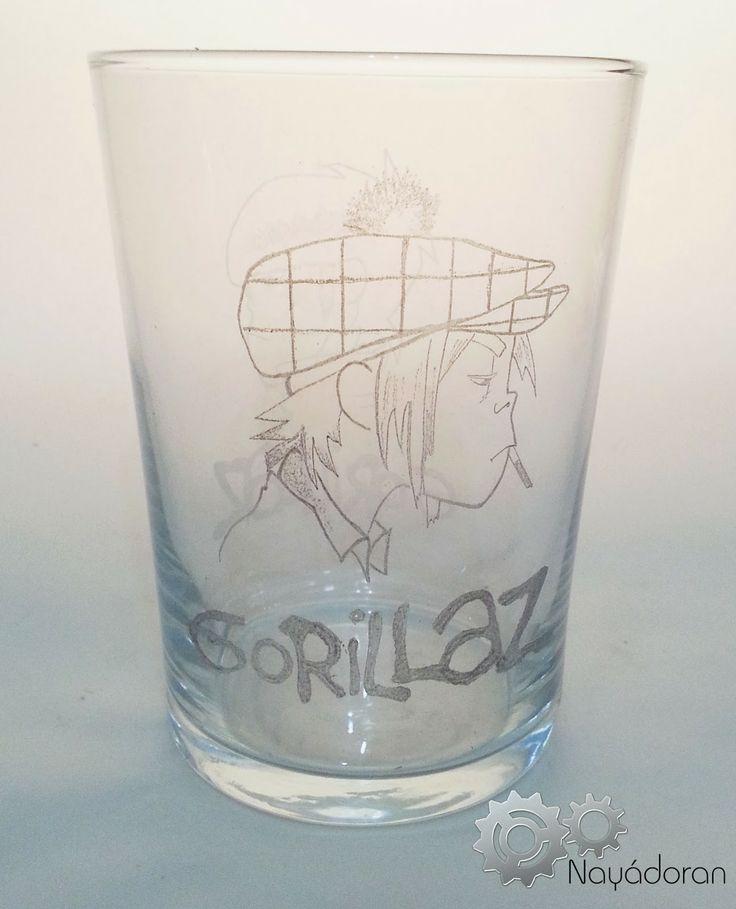Vasos inspirados en los componentes del mítico grupo Gorillaz: 2D