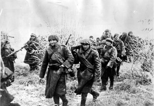 Romanian 2nd Mountain Rifle division marching to Sevastopol. December. 1941.