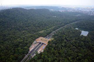 Indonesia Dalam Data: Melihat Program Pembangunan Infrastruktur ala Jokowi - Separo