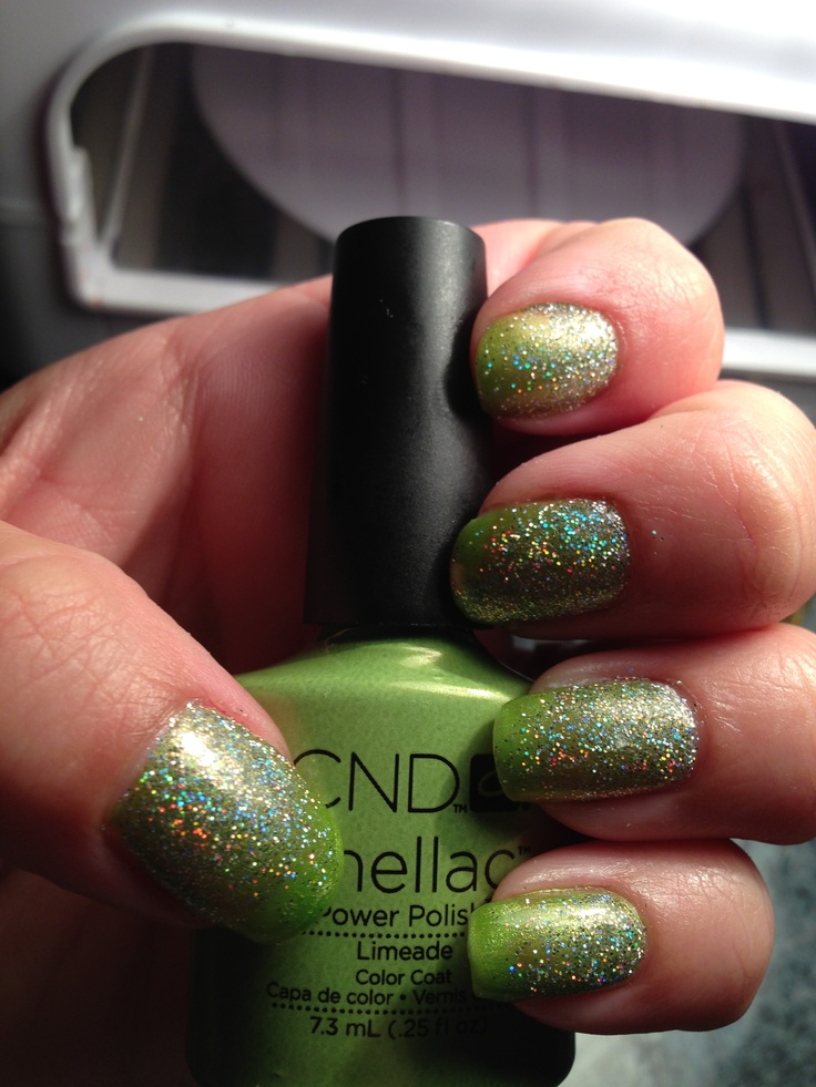 Spring green shellac... Going to do this!!
