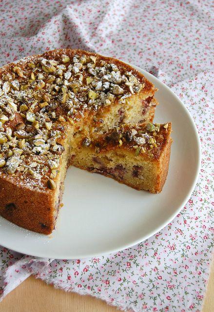 Cherry, pistachio and marzipan cake / Bolo de marzipã, pistache e cereja by Patricia Scarpin, via Flickr