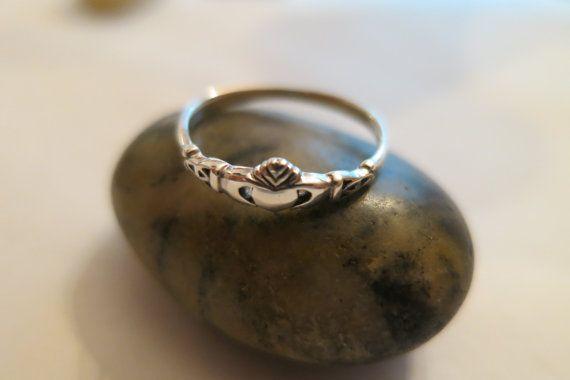Anneau de Claddagh en 92,5 sterling silver, taille 5, bague d'amitié irlandais petit