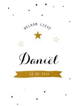Klassiek geboortekaartje met confetti en een gouden banner