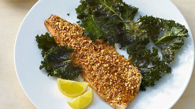 Dinner in 5 ingredients: Almond-Crusted Rainbow Trout