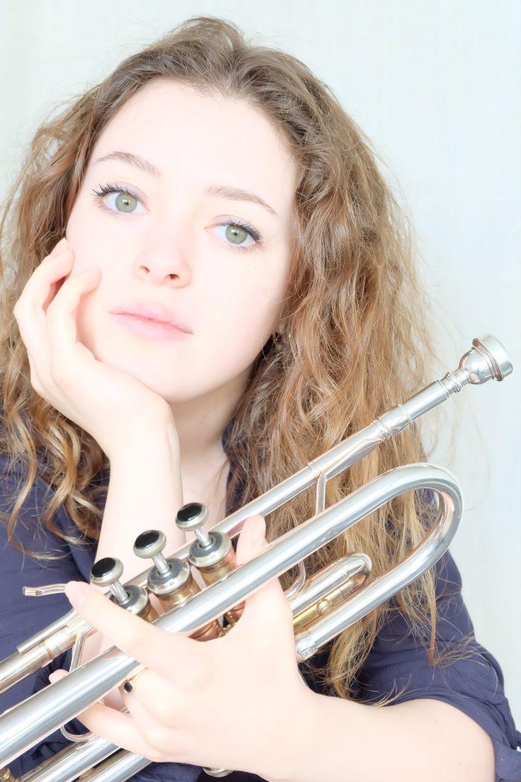 "Lucienne Renaudin jazz 4tet ""Hommage à Chet"""