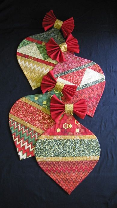 Christmas Placemats by Annie's Keepsakes