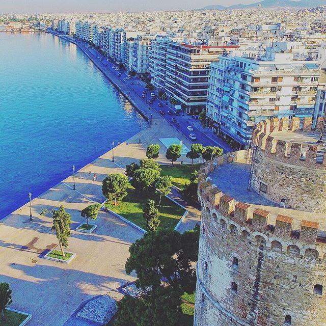 Thessaloniki,Greece #fromwhereidrone #tinypeoplebigplaces #visitgreece #thessaloniki #skg #greece