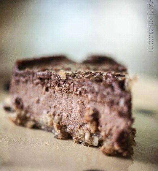 Mon gâteau cru au chocolat de Chloé K* http://www.sante-nutrition.org/mon-gateau-cru-au-chocolat/