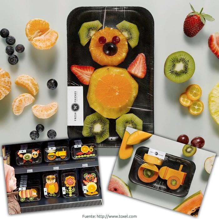 Divertidas figuras hechas con fruta cortada y pelada. Una deliciosa merienda para los niños.
