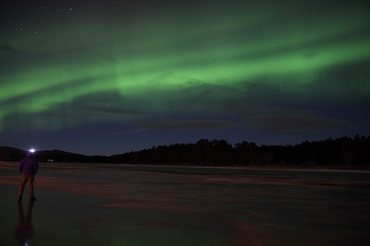 A quick stop to get some fresh air outside my house, along Vindelälven, in Sorsele, Swedish Lapland #northernlights