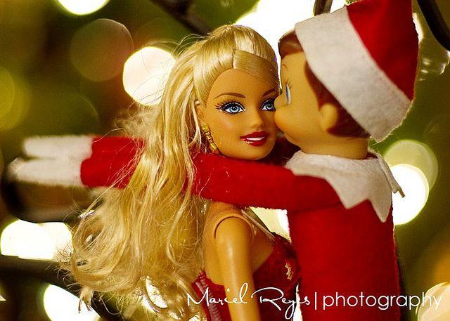 smoochin' with Barbie