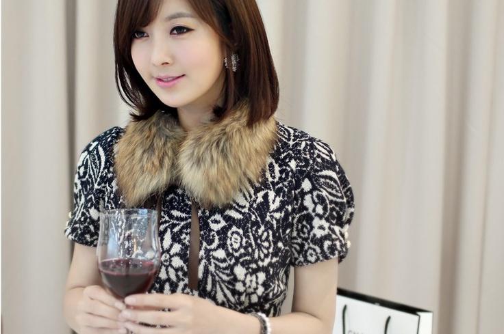 fashionable collar fur! see more on thehallyu.com