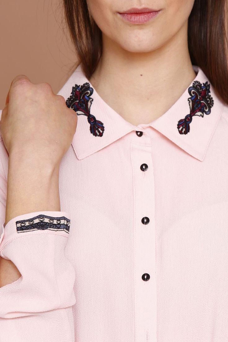 Koszula z ozdobnym haftem - pudrowy róż / embroidery. Polski design