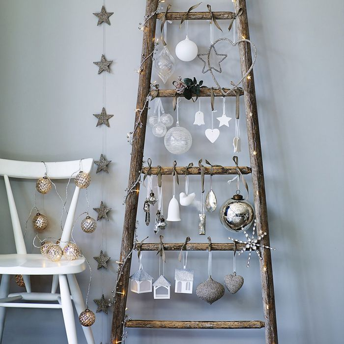 alternative christmas tree for dining room or in half bath
