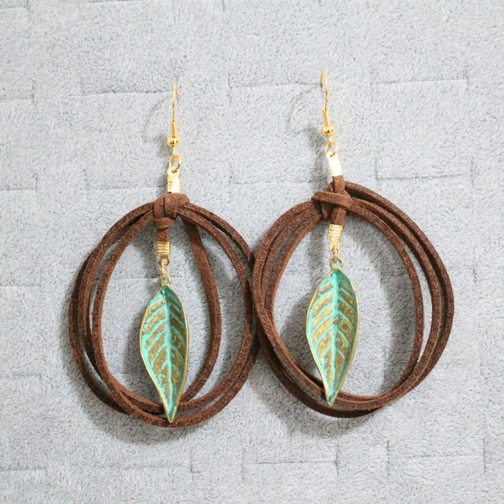 Women Bohemian Ethnic PU Leather Twisted Bronze Plated Leaf Drop Earrings Simple Design Vintage Dangle Earrings Women Fashion Jewelry