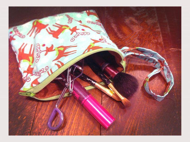 Sew Your Own Lined Zipper Purse | Fox News Magazine