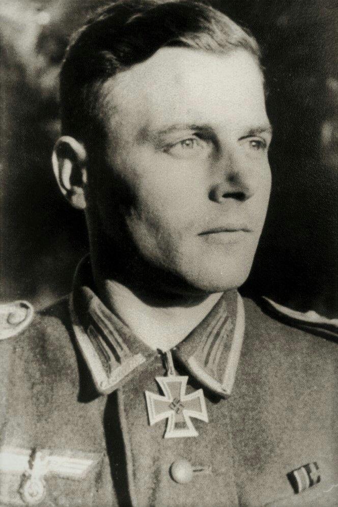 Oberfeldwebel Walter Süß (1916-1945), Zugführer in der Stabskompanie der Grenadier Regiment 273, Ritterkreuz 09.06.1944, Eichenlaub (717) 25.01.1945