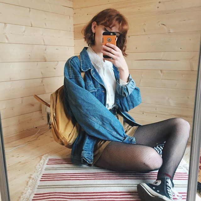 Amazing!!! One of my favourite denims💙💙💙 but my collection of these has got a little too extensive and I need to let this one go😭 the ultimate vintage slouchy thick denim jacket, in mid wash denim. Big pockets and lots of space to wear chunky woolly jumpers and hoodies underneath. Size XL on ladies, size M on men's ⚡⚡⚡