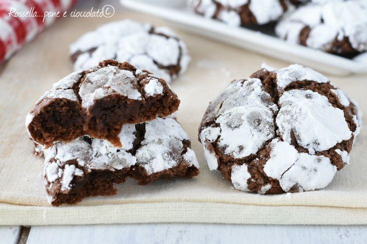 I biscotti al cioccolato morbidi senza burro sono velocissimi con la mia ricetta e non si sporca nemmeno una ciotola seguendo il mio metodo