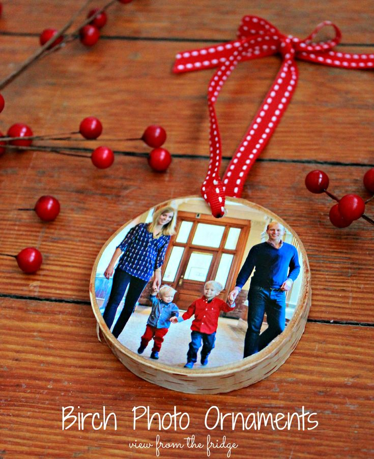 These would make gifts for grandparents DIY Birch Bark Ornaments     View From The Fridge