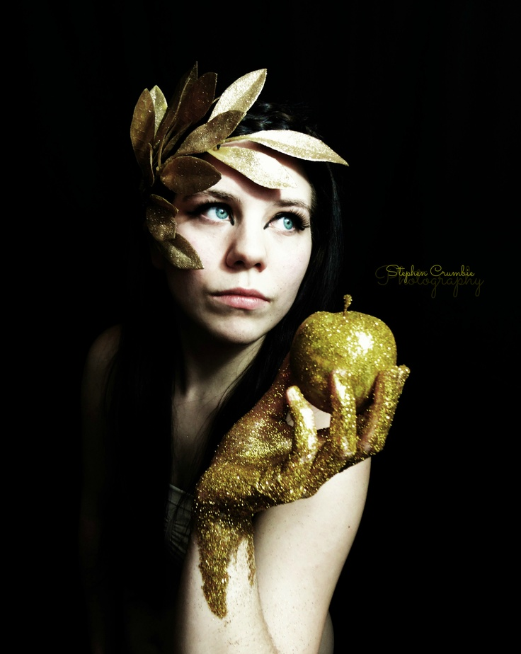 Midas touch Photo shoot. #glitter #photography #model #diy #gold