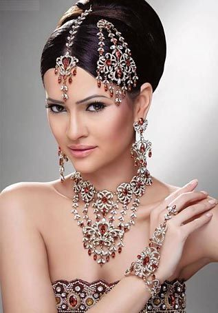 Assorted jewels