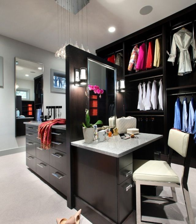 Dream closet mad make up area | Wardrobes Around the World ...