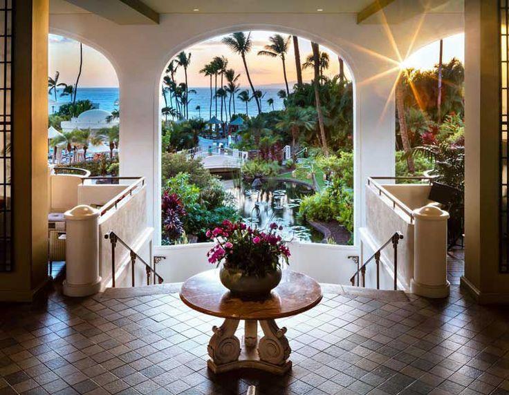 Best Luxury Beach Resort in Wailea Maui - Fairmont Kea Lani Hotel Maui