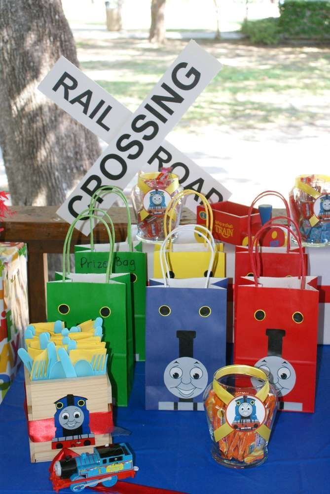 Thomas the Train Birthday Party Ideas   Photo 3 of 20   Catch My Party