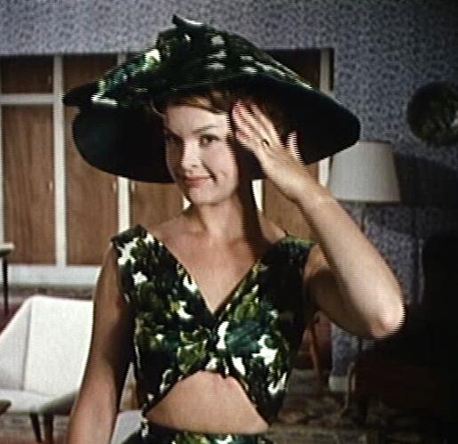 som Elinor, i Den grønne elevator fra 1961.