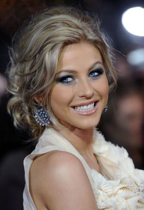 julianne hough hairstyles in footloose, beautiful look. Def one if my woman crushes!