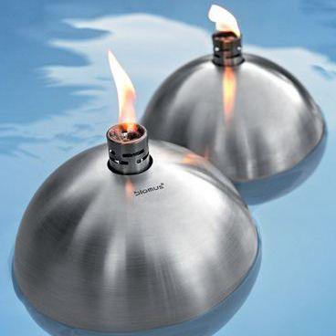 Úszó fáklya ** Floating Torch