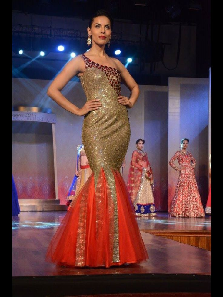 Sequence fish cut gown, perfect for a cocktail party only at manish reshamwala fashion studio,9879568040