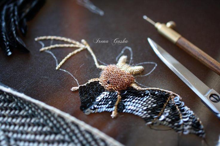 И летучая мышка втиснулась в мою крылатую коллекцию! #workinprogress #newcollection #comingsoon #wings #inspiration #jewelry #handembroidered #irenagasha #irenagashaembroideries