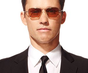 USA Network - Burn Notice Character Profile Michael Westen played by Jeffrey Donovan