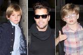 Ricky Martin con sus gemelos en el aeropuerto
