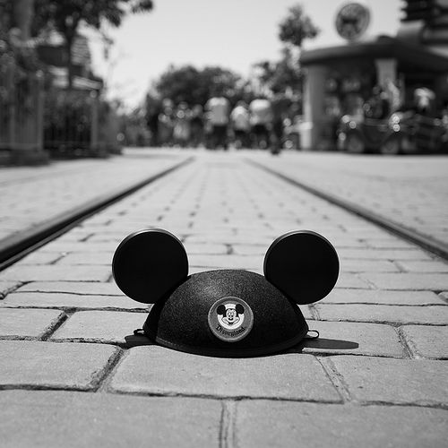 Mickey Old School Hat :]: Disney Magic, Walt Disney, Happiest Places, Disney Pictures, Disney Photo, Disneyland Ears, Disneyland Photography, Disney Parks, Things Disney