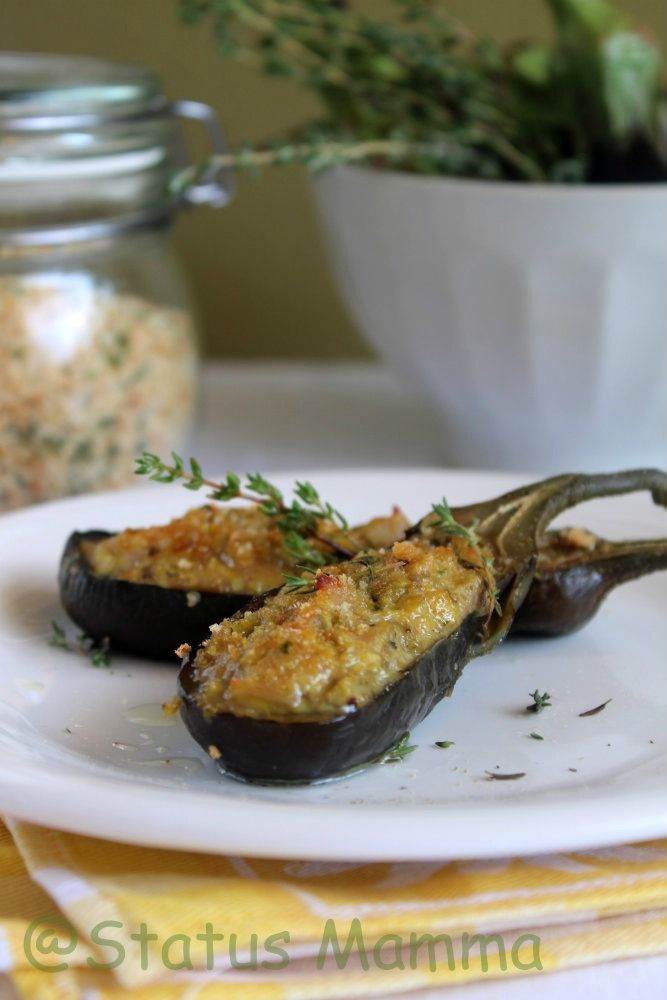 Small stuffed aubergines. Traditional recipe from Genova. Easy and tasty! #Italian -food #aubergines