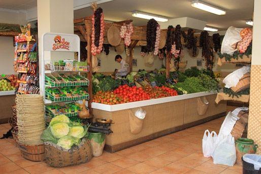 Verduleria y fruteria modernas buscar con google for Decoracion de fruterias