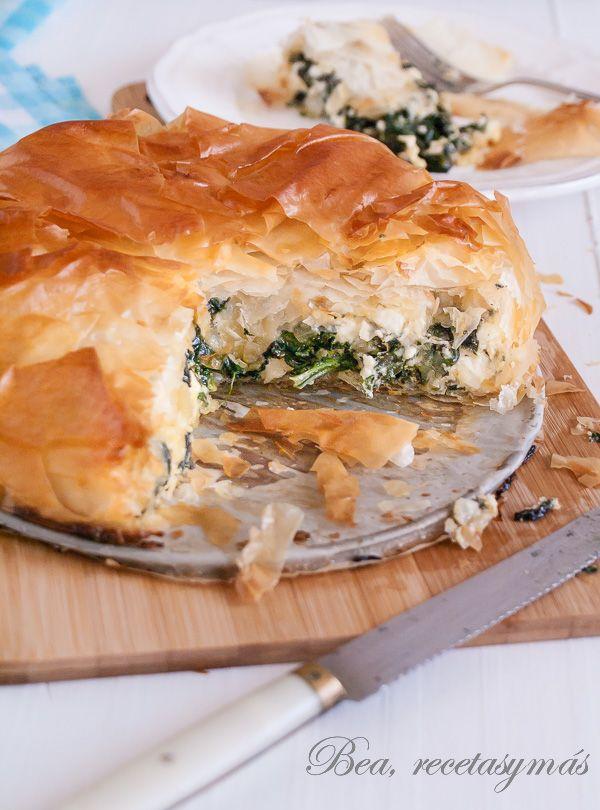 Pastel salado de espinacas y queso feta (Spanakópita)