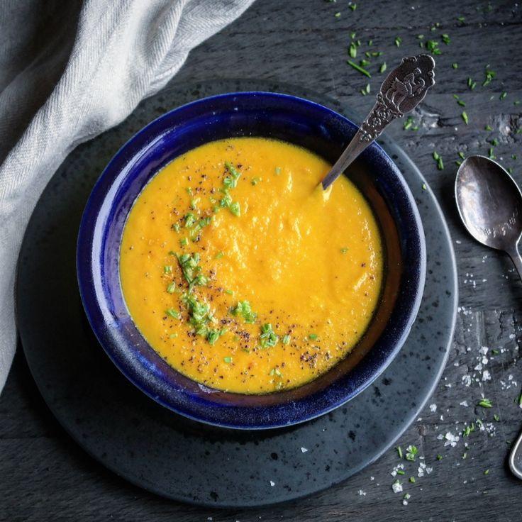 Enkel gulrotsuppe med appelsin – Ourkitchenstories