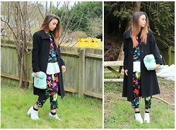 Jessica Sheppard - Thrifted Longline Coat, Armani Exchange Boxy Top, Missguided Loose Peplum, Armani Exchange Trousers, Ebay Chunky Heels, Topshop Faux Fur Roll Top Clutch - FLORAL CO-ORD.