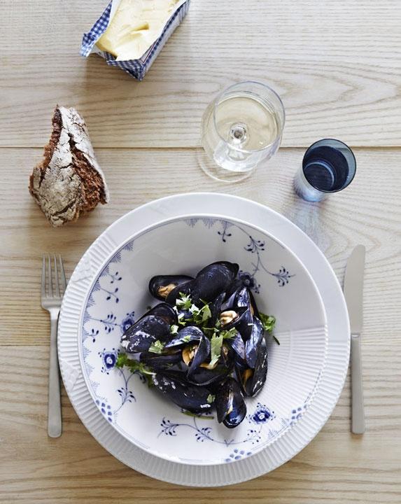 1000 ideas about royal copenhagen on pinterest blue. Black Bedroom Furniture Sets. Home Design Ideas