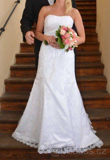 Bílé svatební šaty - 1