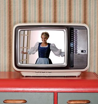 Behind the Screens: Why advertisers shouldn't bank on live TV for maximum engagement