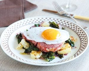 Gammon steaks with bubble and squeak recipe...for the Yanks: Ham steaks with cabbage and potatoes :-)