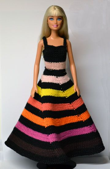 Evening gown...lots of free patterns on this site